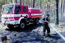 Krumlovští hasiči u Bzence.