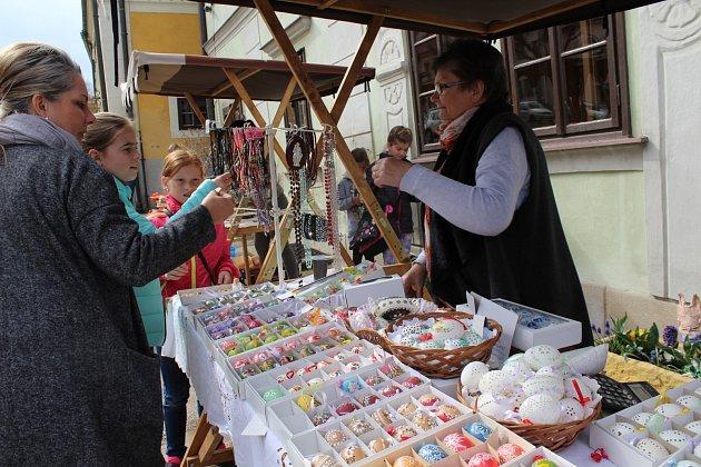 Velikonoční jarmárek v Benešově nad Černou.