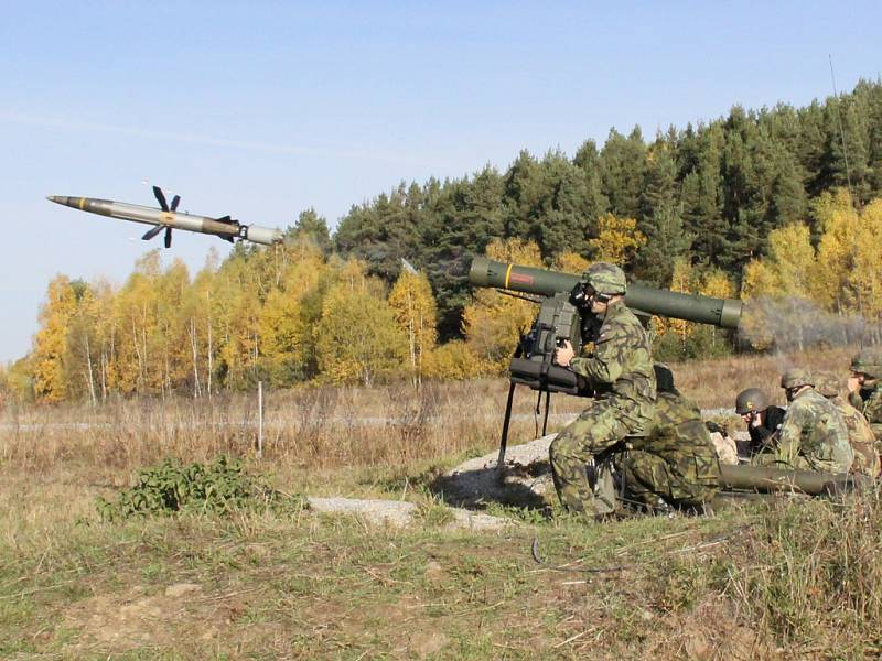 Vojáci naostro testovali rakety.