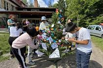 Děti se na táboře učí česky a hravou formou poznávají zdejší kulturu.