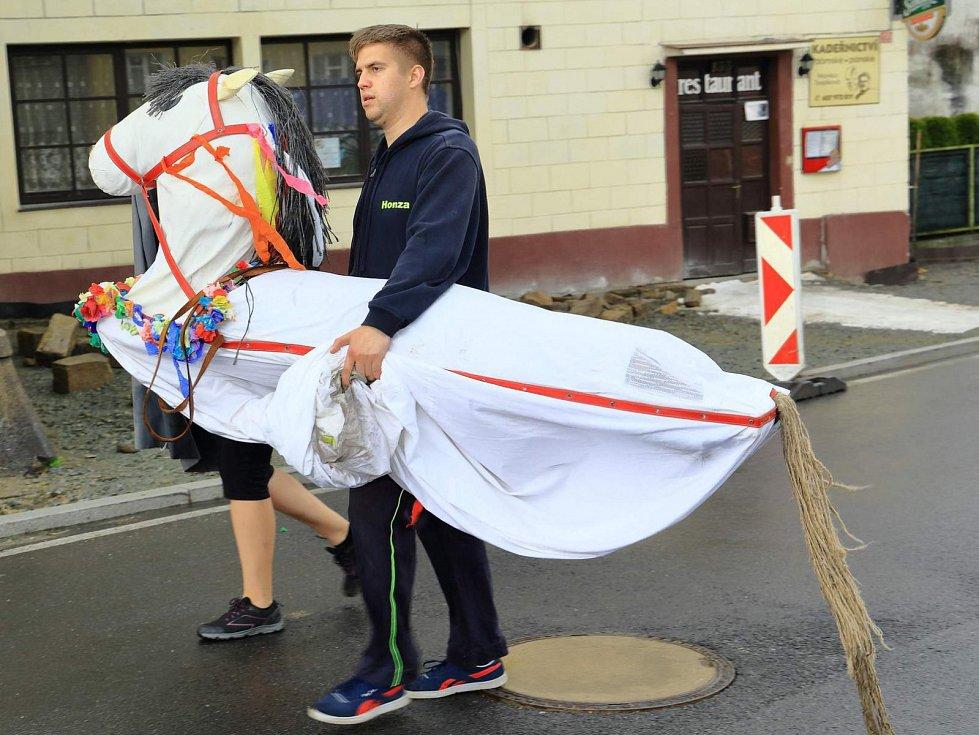 Slavnostní zahájení letní sezony na Novohradsku se konalo tentokrát v Benešově nad Černou.