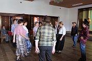 Celý rok chodíme, dnes posedíme, řekli si turisti z českokrumlovského klubu a sešli se v kájovské