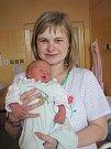 Už třetí chlapeček v pořadí je Adam Kolegar z Kaplice. Martina a Ladislav Kolegarovi jsou spokojeni, i když to s holčičkou nevyšlo. Adam se narodil 13. 4. v 7:06 za přítomnosti otce. Měřil 53 cm, vážil 3915 g. Bratři (9 a 11 let) se na sourozence těší.