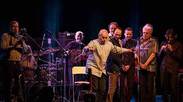 Bratři Ebeni koncertují  v sobotu v Zámecké jízdárně v Českém Krumlově.