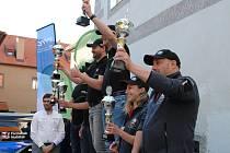 Výsledky 9. ročníku jihočeské eko-rallye se vyhlašovaly na českokrumlovském Klášterním dvoře. Hlavní trofeje si odnesli  Michal Žďárský a Jakub Nábělek (KIA CZECH).