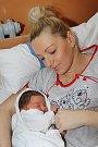 Českokrumlovští Lucie Kubešová a Lukáš Schafferhans jsou od 17. listopadu 2015 novopečenými rodiči. Ten den ve 20 hodin a 19 minut přivedli společnými silami na svět 50 centimetrů měřícího a 3415 gramů vážícího Eliáše Schafferhanse.
