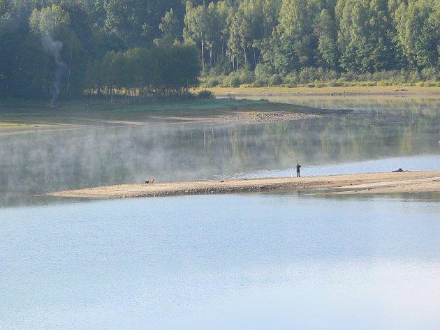 Pokles vody v nádržích je markantní