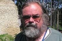 Evropský odborník na archeologii, historik a význačný kastelolog z Archeologického ústavu Akademie věd ČR profesor Tomáš Durdík,
