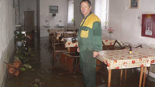 Výrobní družstvo Otavan v Českém Krumlově měl v objektu a kolem něho 90 čísel vody.