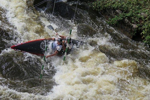 Mistrovství republiky na divoké vodě v Loučovicích.