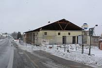 Přestavba bývalé prodejny v Netřebicích.