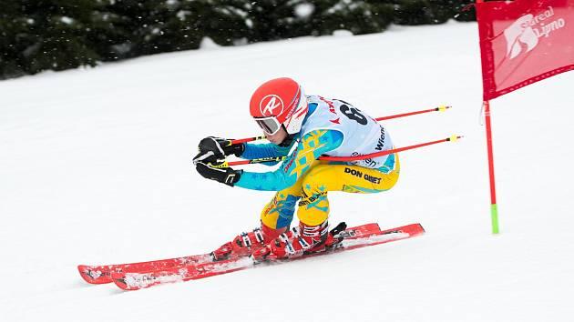 Kramolínský obřák je závod pro všechny - amatéry i lyžařské borce.