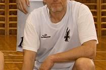Trenér kaplického Spartaku Václav Blažek byl připraven v případě potřeby nastoupit v obou  střetnutích. Jeho svěřenci však zápasy ve Vimperku i Strakonicích zvládli, a tak jeho zkušeností na hřišti nebylo potřeba.