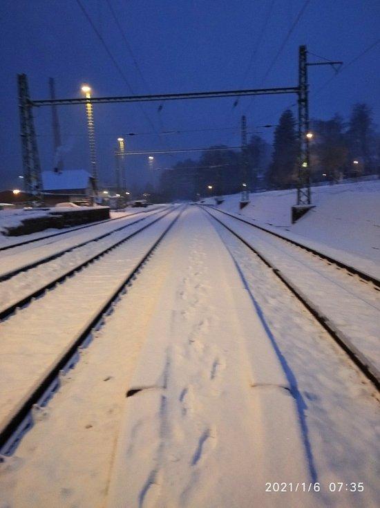 Sněhové ráno v Loučovicích.