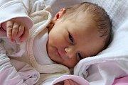 """Kristýna Okrouhlá se narodila 13. ledna 2015 v 8:07 včeskokrumlovské porodnici. První miminko kaplických rodičů Michaely a Romana Okrouhlých vážilo 2480 gramů. """"Zajímavostí je, že se narodila ve stejný den jako já,"""" smála se maminka novorozené holčičky."""