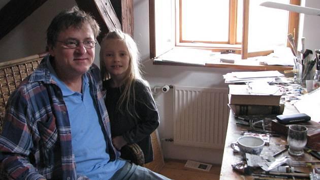 Jindra Čapek s dcerou Aničkou.