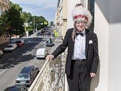 Známý cestovatel, etnolog a spisovatel Miloslav Stingl.