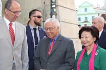 Prezident Tony Tan Keng Yam se zastavil v Českém Krumlově v rámci oficiální státní návštěvy České republiky.