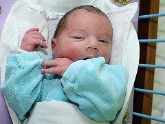 Štěpán Mikyška se narodil 17. května 2011 v 11 hodin a 8 minut a vážil 3485 gramů. Rodiče Nikola a Stanislav Mikyškovi z Českých Budějovic už mají čtyřletého syna Stanislava.