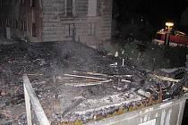 Garáž v Loučovicích lehla popelemm