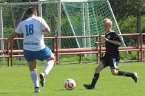 KP starší žáci – 4. kolo (3. hrané): FK Spartak Kaplice (černé dresy) – TJ Jiskra Třeboň 7:0 (3:0).
