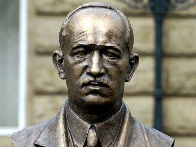 Busta bývalého československého prezidenta Edvarda Beneše.