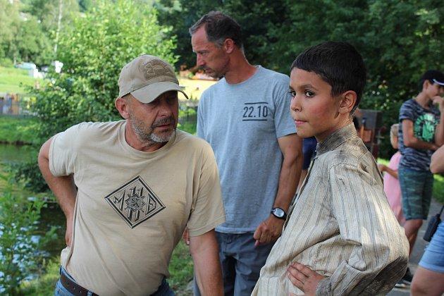 Rybník na Horní Bráně je jedním zmíst, kde režisér Václav Marhoul natáčí Nabarvené ptáče.