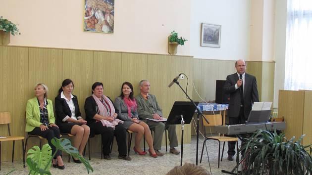 Velešínská střední škola začíná první rok spolupráce se školou vysokou.