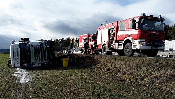 Nehoda kamionu uDolního Třebonína.