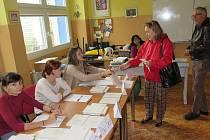 Volby v Základní škole Za Nádražím v Českém Krumlově.