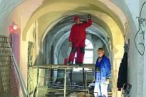 Opravy areálů klášterů v Českém Krumlově.