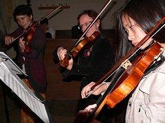 Koncert Základní umělecké školy při Noci kostelů v Kaplici.