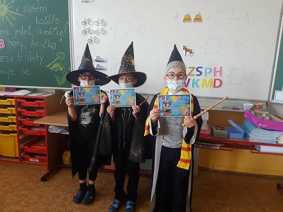 Čarodějnice mezi nejmenšími ve Fantovce.