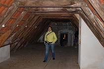 O tom, jak vypadají některá zákoutí českokrumlovských klášterů se mohli lidé přesvědčit i v Noci otevřených muzeí.