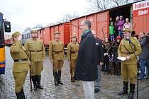 Legiovlak v Českém Krumlově vyvolal velkou pozornost, na sobotní úvodní prohlídku stáli lidé fronty.