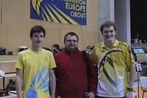 Ondřej Kopřiva (vlevo) a Pavel Florián (vpravo) si v Maďarsku od trenéra Votavy vysloužili pochvalu za velmi dobré společné vystoupení ve čtyřhře, kde sahali po semifinále.