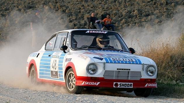 Jiří Trojan a Karel Mach se Škodou 130 RS týmu ČK motorsport na trati 6. Rallylegend San Marino.