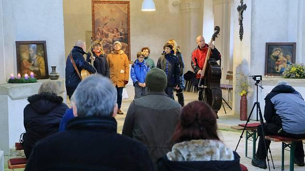 Novoroční koncert rozezněl prostory kostela sv. Vavřince v Klení.