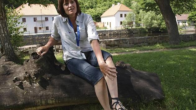 Ivana Linhová z Českých Budějovic se muškaření věnuje již čtrnáct let. Své zkušenosti nyní úročí na Mistrovství Evropy v lovu ryb na umělou mušku, které se koná na Českokrumlovsku.