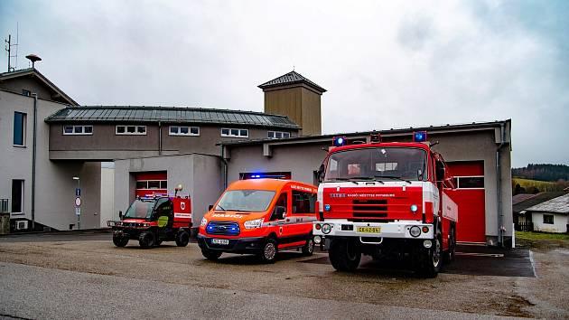 Frymburští dobrovolní hasiči ohledně pomoci obyvatelům spolupracují s městysem.