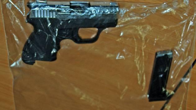 Plynová pistole - ilustrační foto.
