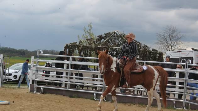 První závody v jezdecké disciplině Working equitation na Ranči v Čertyni.