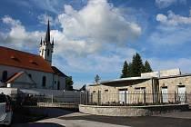 Nová smuteční síň ve Vyšším Brodě.