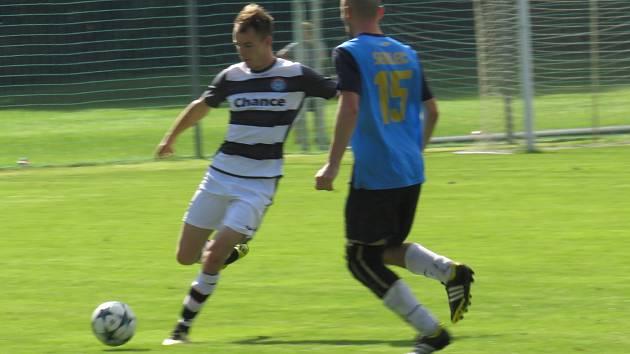 Oblastní I.B třída (skupina A) –  5. kolo (4. hrané): TJ Sedlec (modré dresy) – FK Spartak Kaplic