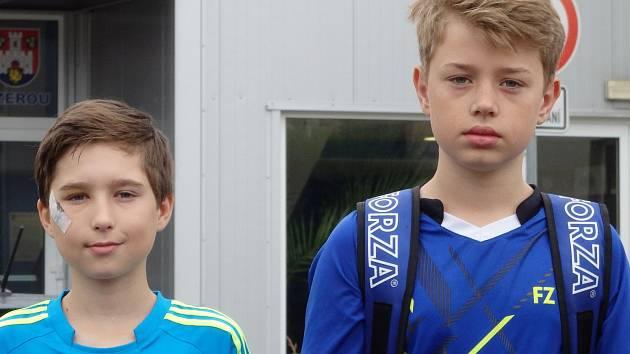 Krumlovští žáci Patrik Fuciman a Robin Tancer (zleva) na celostátním turnaji v Benátkách nad Jizerou.