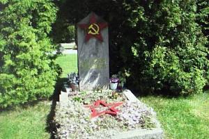 Kutčerenkův hrob ve Vyšším Brodě.