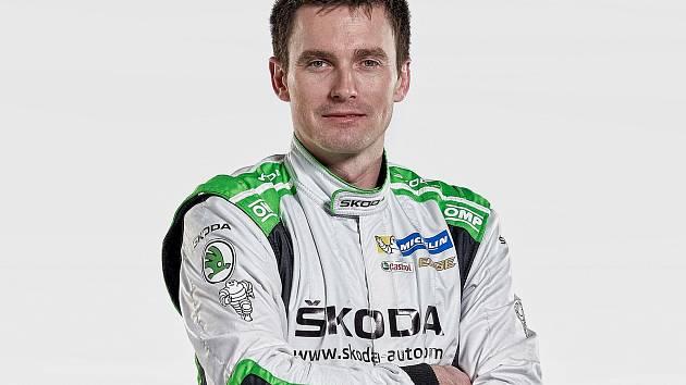 Automobilový závodník Jan Kopecký.