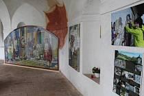 Výstava Křížová cesta na sv. Hostýně na krumlovské Křížové hoře.