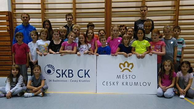 Zimního soustředění českokrumlovského oddílu SKB se zúčastnila dvacítka nadějí různých mládežnických kategorií (na snímku nejmladší), a to nejen z pořádajícího klubu, ale například i z Křemže.
