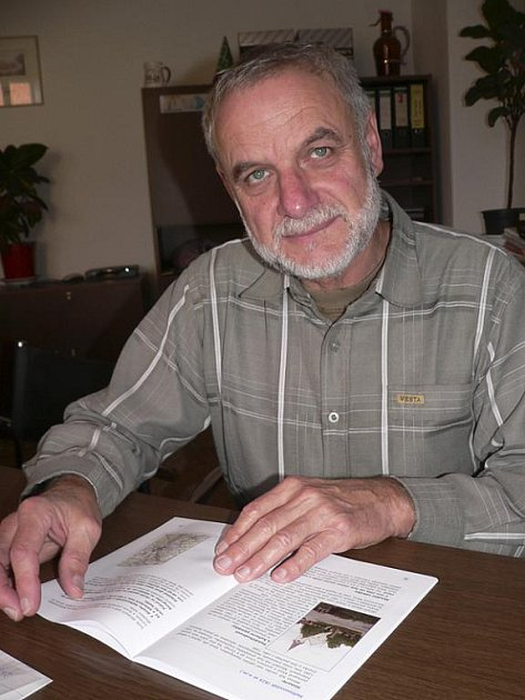 Petr Resch s publikací Vltavsko - Dunajská cesta.